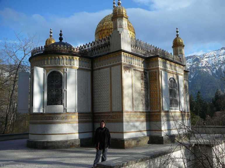 bâtiment mauresque du château linderhof très apprécié de Louis II de bavière