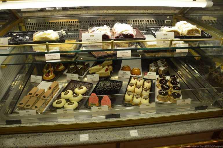 pâtisserie au salon de thé Hauer à Budapest