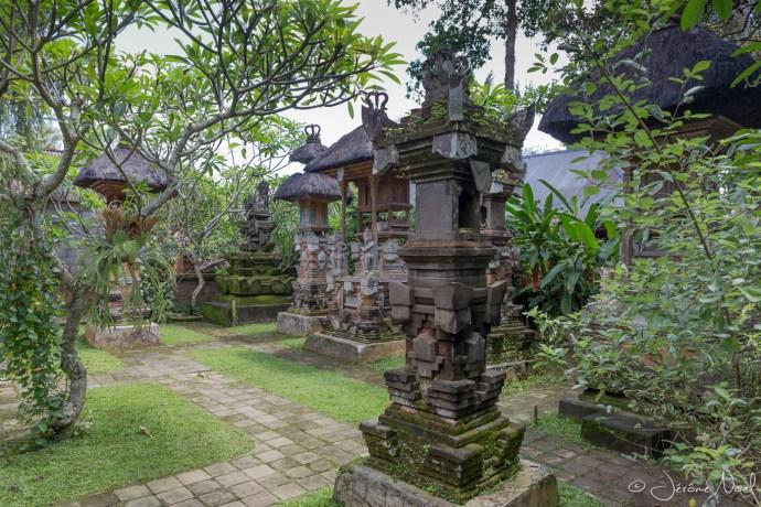 Chez Dewa - le temple