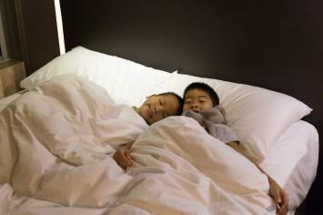 Que c'est agréable de retrouver un bon lit !