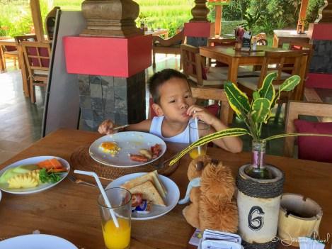 Ubud Heaven Penestanan - Thomas adore son petit déjeuner