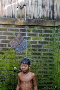 Penebel - Luka sous la douche
