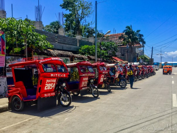 Siquijor - tricycles