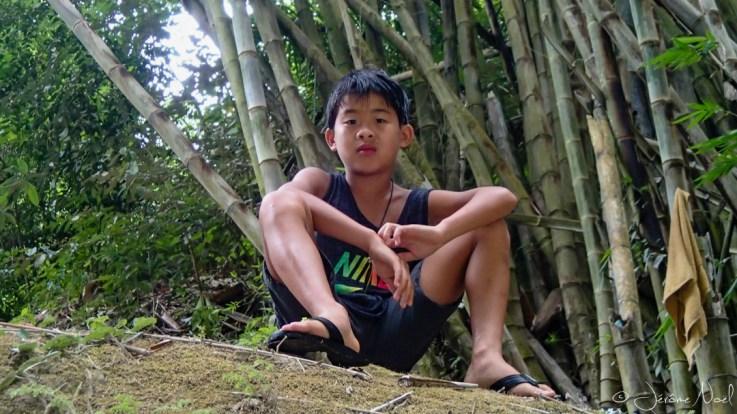 Tumalog Falls - Luka et les bambous