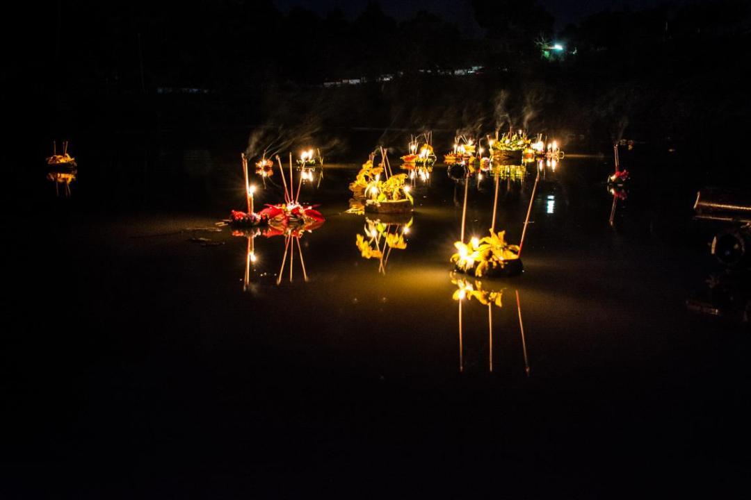 loy kratong fete des lumières