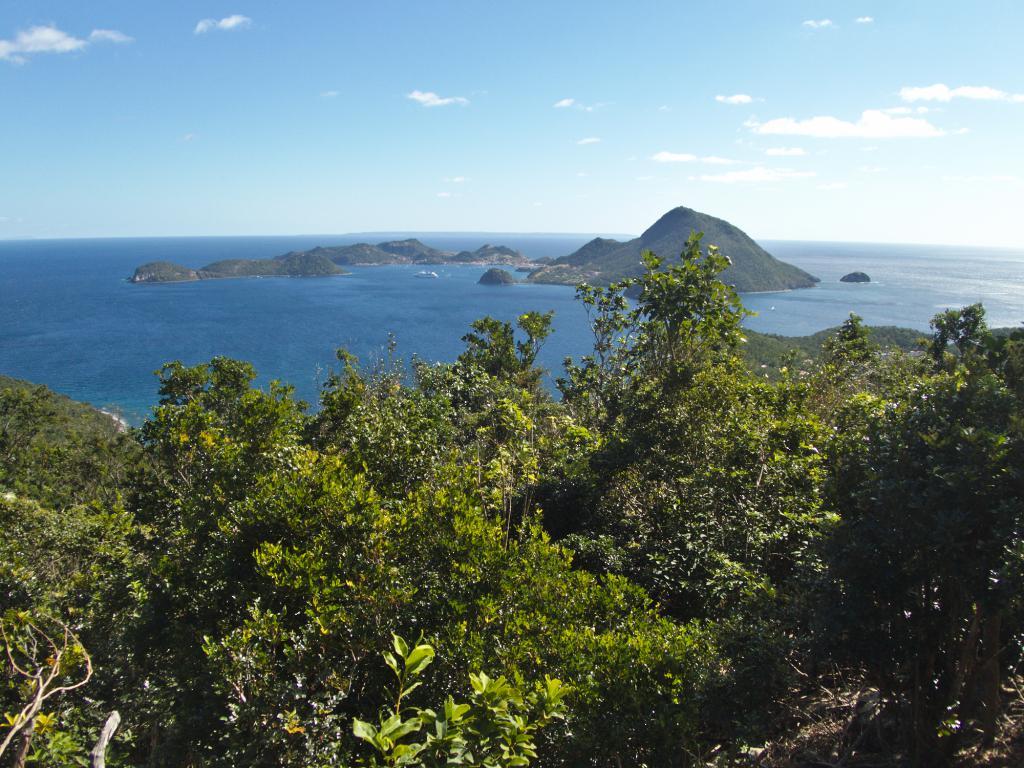 Vue sur Terre de Haut ile des Saintes Caraibes