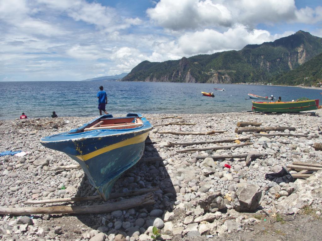 la belle ile de la dominique dans les caraibes