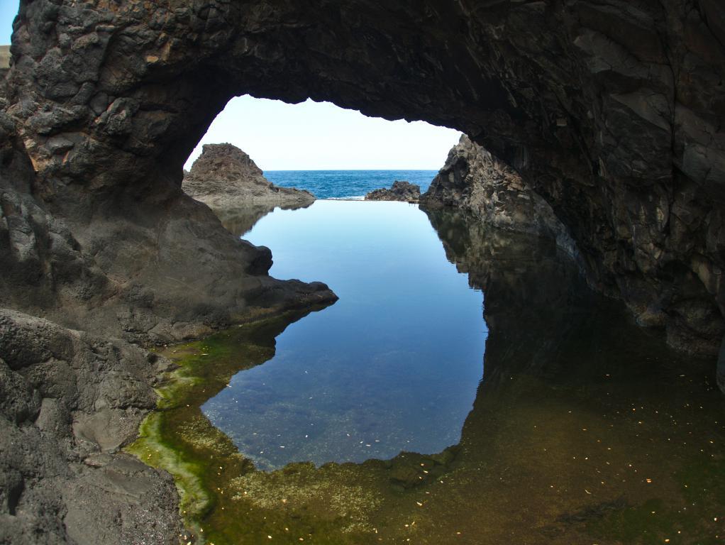 piscine naturelle à seixal sur l'île de madère