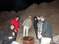 Partageant le barbecue des voisins :)