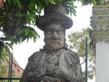 """Caricature de """"farang"""" au Wat Pho"""