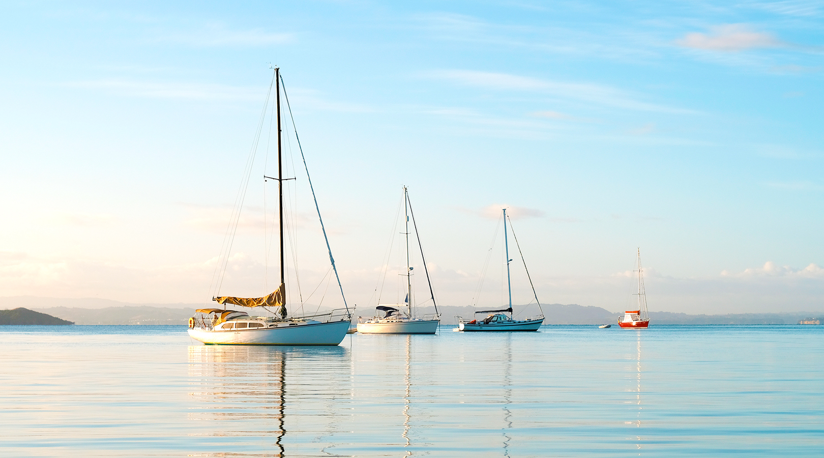 Auckland Luxury Yacht Charter   Voyageur Charters