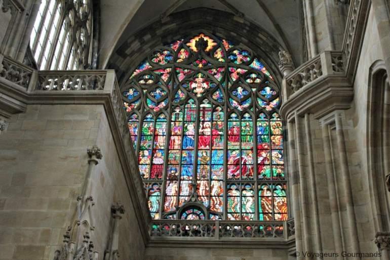 Cathedrale saint guy vitraux