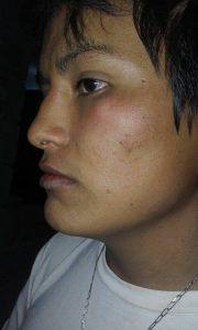 Adrián Ramírez es golpeado por Martín Ochoa