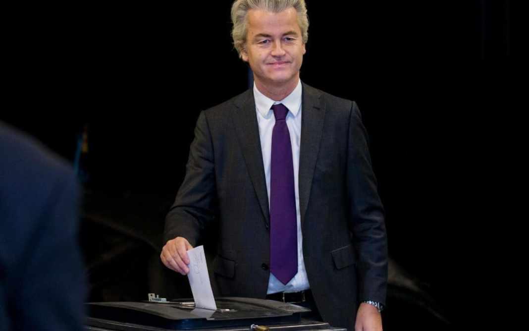 Geert Wilders votando