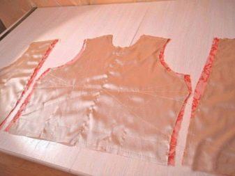 Uspořádejte spodní okraj šatů.