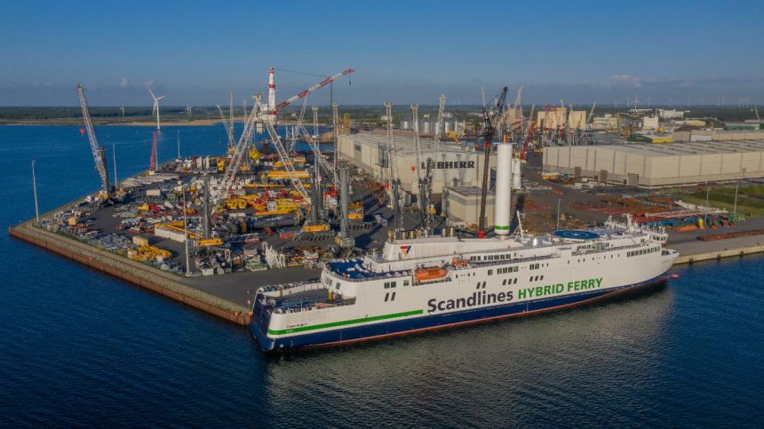Scandlines installs Norsepower rotor sails on ferry