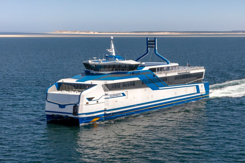 LNG-powered ferries complete sea trials