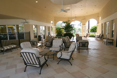 Windsor Hills - Shaded seating areas