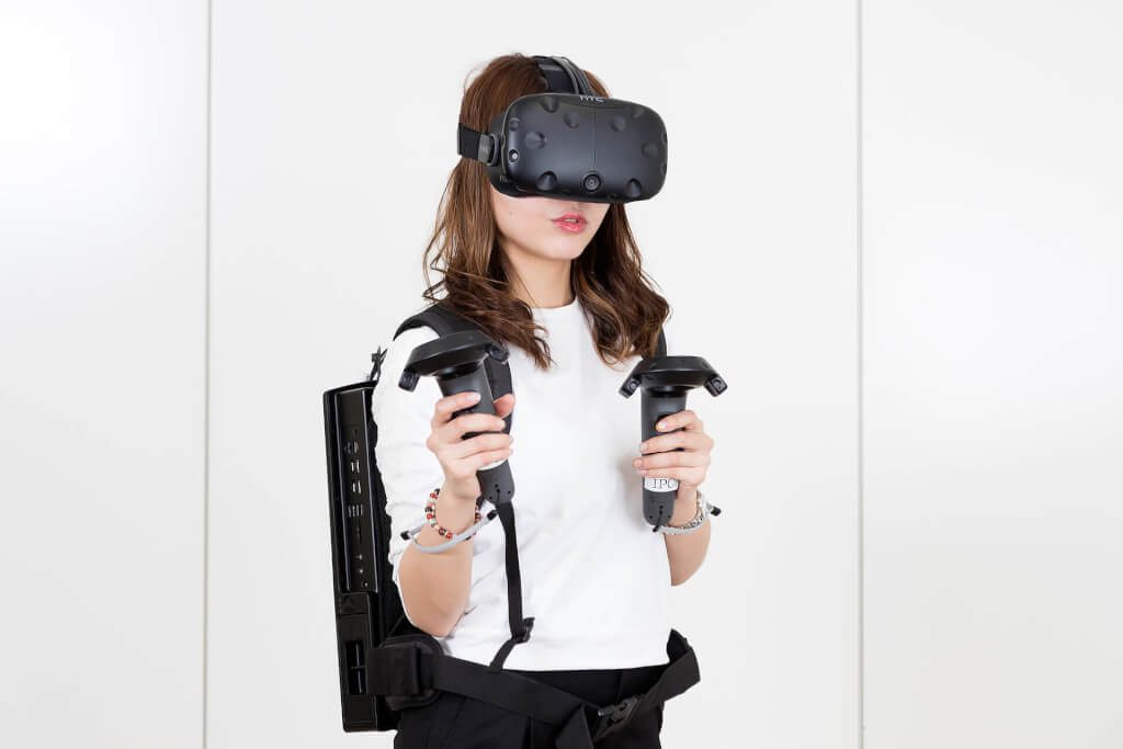 Zotac VR Go hot girl