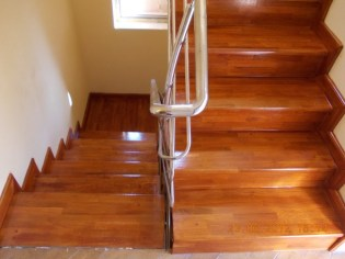 scari-din-lemn-8