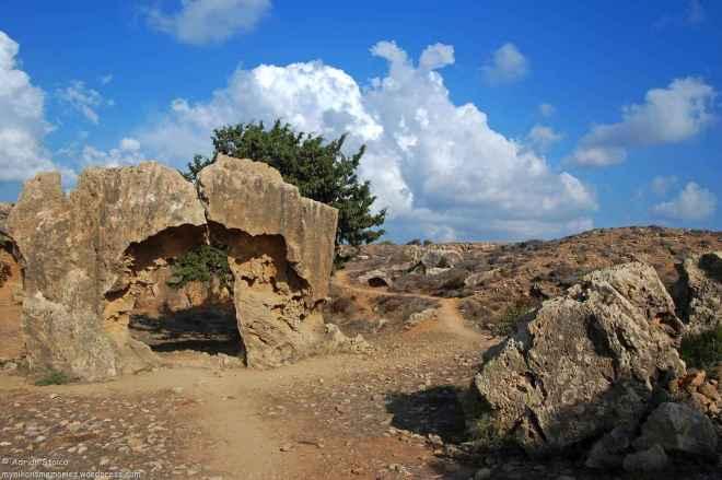 Tombs14