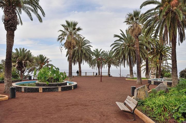 Puerto_de_la_Cruz_-_Parque_Taoro_-_Promontorio_Atalaya