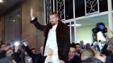 Fotoreportaža-Predaja potpisa za kandidaturu liste Ljubiša Preletačević Beli