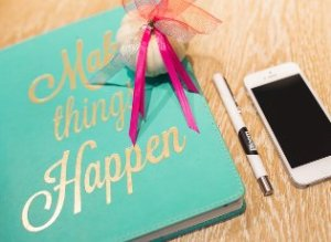 make-things-happen-kaboompics-resized-315x230