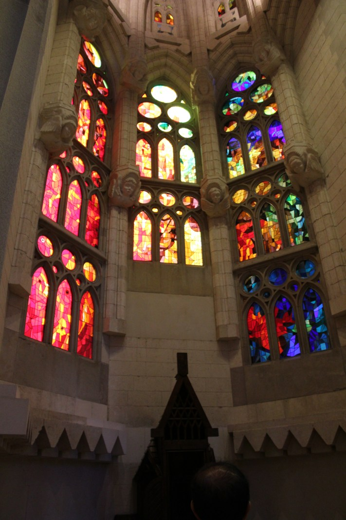 biechtstoel Glas in lood Gaudi