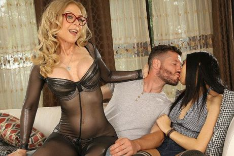 Let Dr. Hartley Fix All Of Your Problems Nina Hartley, Eva Yi vr porn