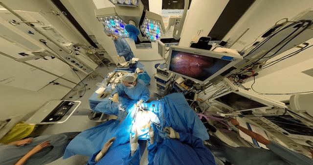 vr-live-stream-surgery4