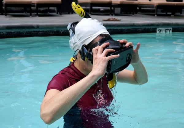 vr-underwater-waterproof-headset2