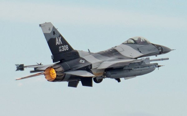 F-16_Fighting_Falcon_18th_Aggressor_Sqdn
