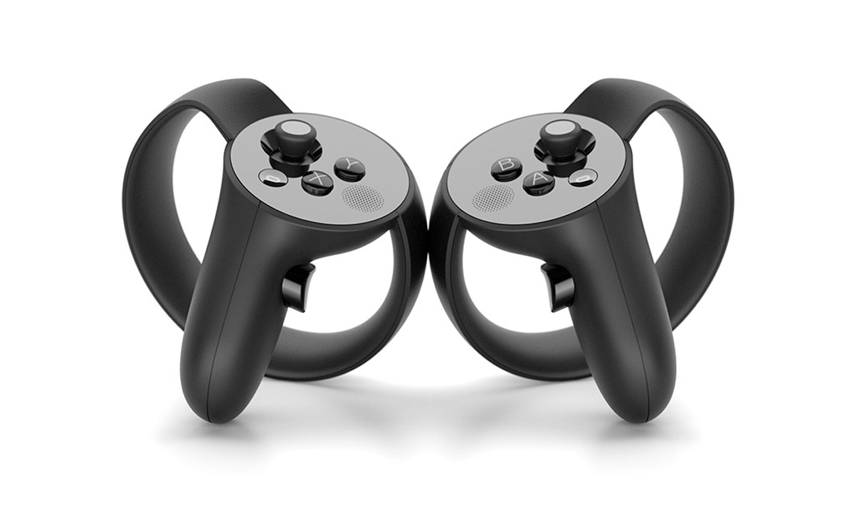 Final design for the Oculus Touch. Bundled second camera is identical to the one from the Rift package.