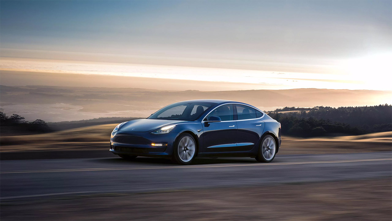 Elon Musk flags off first lot of Tesla Model 3