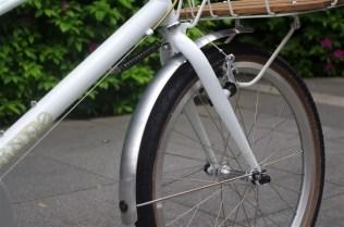 bruno-mixte-white-basket[5]