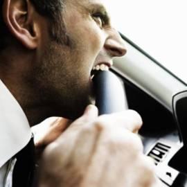 10 причин, которые нас злят за рулем