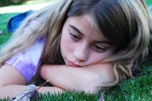 мечтающая девочка