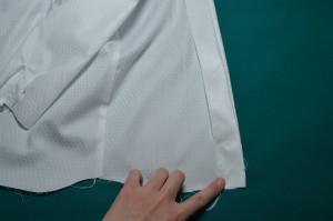 сшиваем подборта с нижним краем рубашки