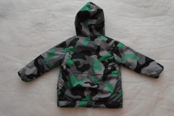 осенняя детская куртка вид сзади