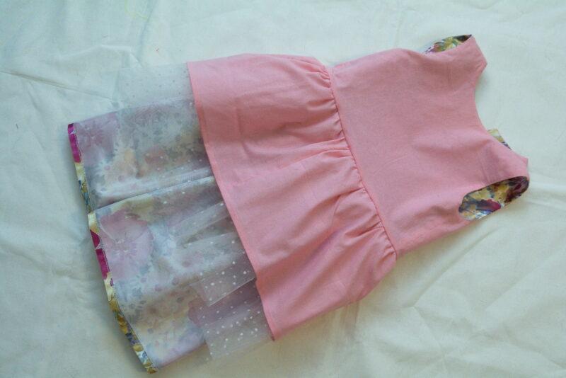 детское платье вид с изнаночной стороны
