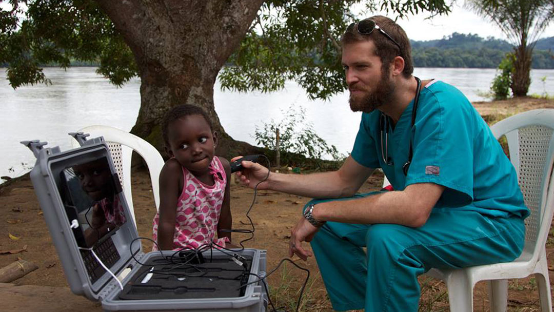 Telemedicine Kit Brings Harvard Doctors to Gabon Villagers