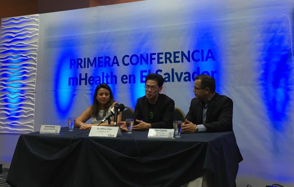 Press conference at MedicSana