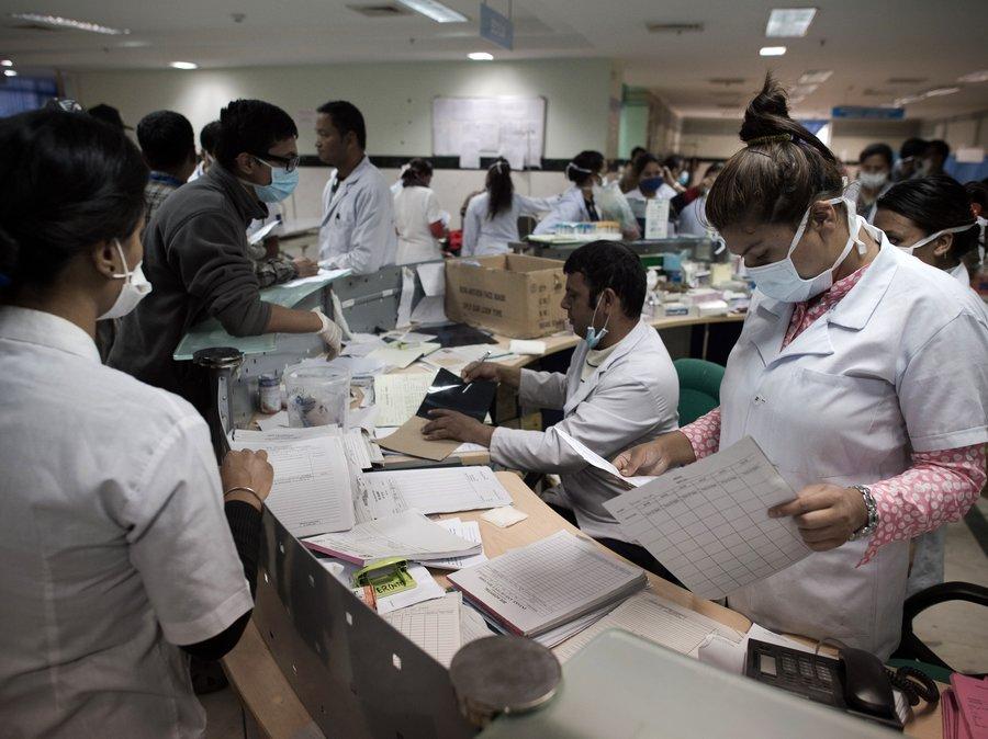 crowded-hospital