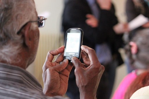 elderly smartphone tech