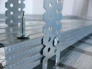 Стройматериалы для ремонта - крепежи под металлопрофиль