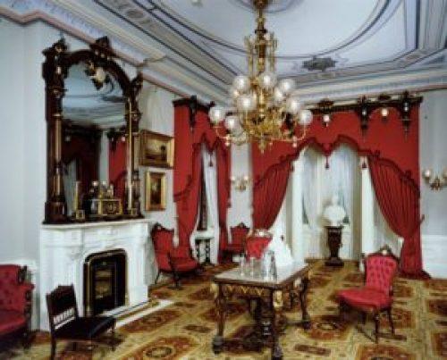 Стиль Ампир в интерьере гостиной-1