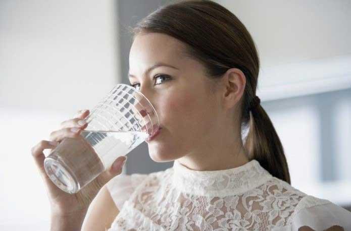Пиене на вода преди храна