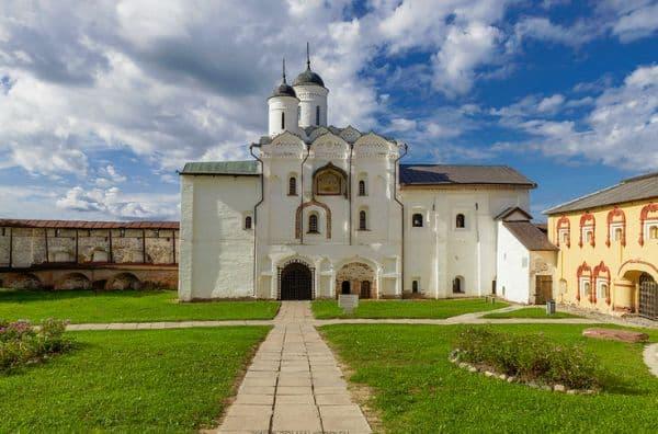 Жития святых на Декабрь в Православии