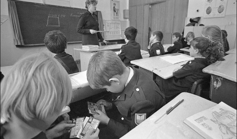 Чем занимали себя ученики в советской школе